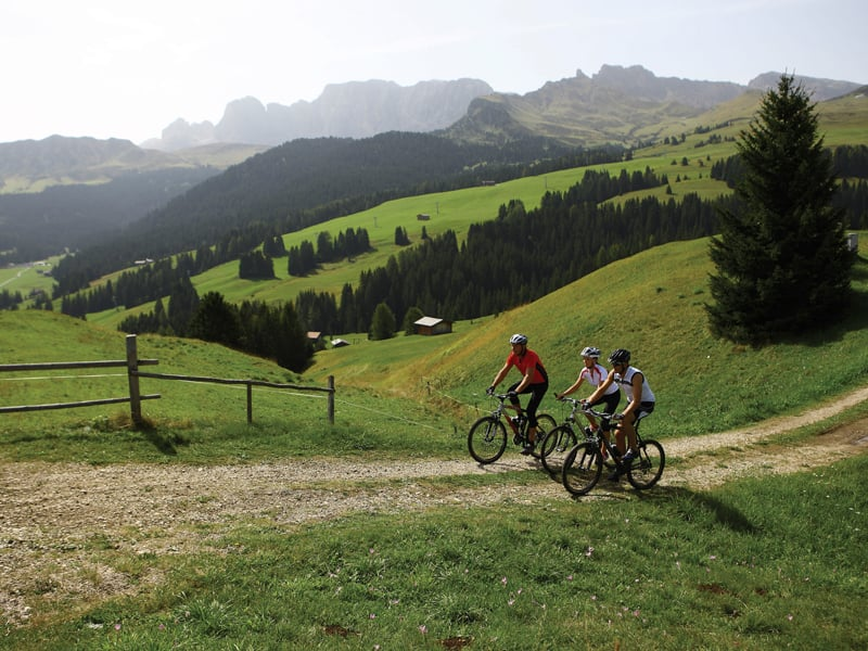 Bici Amp Mountainbike Hotel Colfosco Corvara Dolomiti